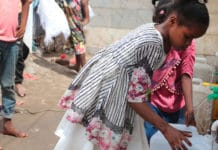 In the Omar Bin Yasser camp in Aden families are in short supply of soap, they have to line up for clean water and schools are closed. To compound the threat of COVID-19 they are now dealing with flooding and an increased risk of cholera.