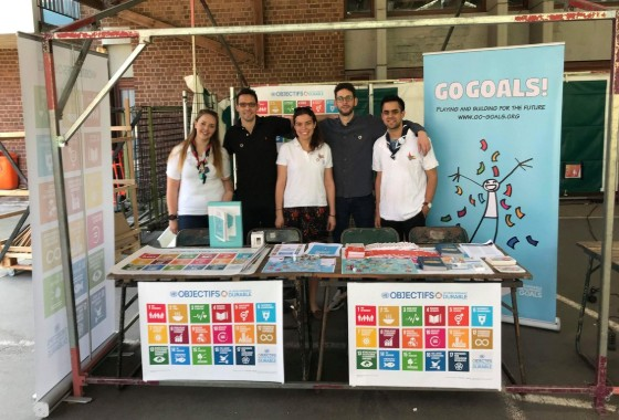 UNRIC Projects: UNRIC with Scouts manning the joint SDG stand