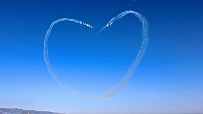 solidarity-heart-in-the-sky